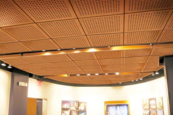 akustik ahşap delikli asma tavan panelleri