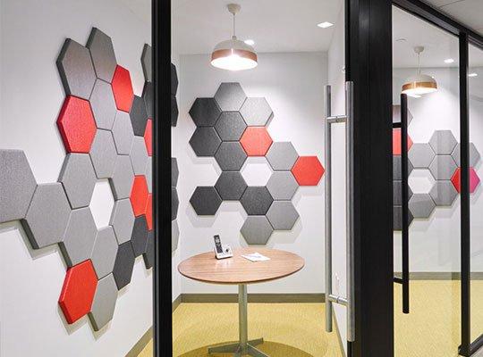 akustik kumaş kaplı duvar panelleri