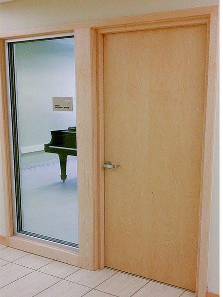 ses geçirmeyen akustik kapı