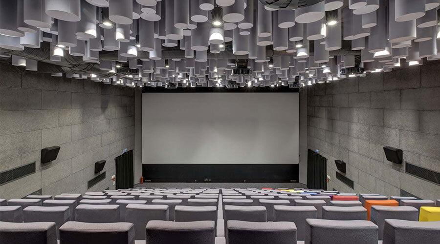 sinema salonu akustik ses düzenleme yalıtımı