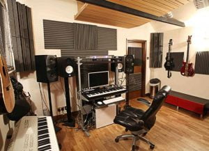 akustik stüdyo ses yalıtım süngeri